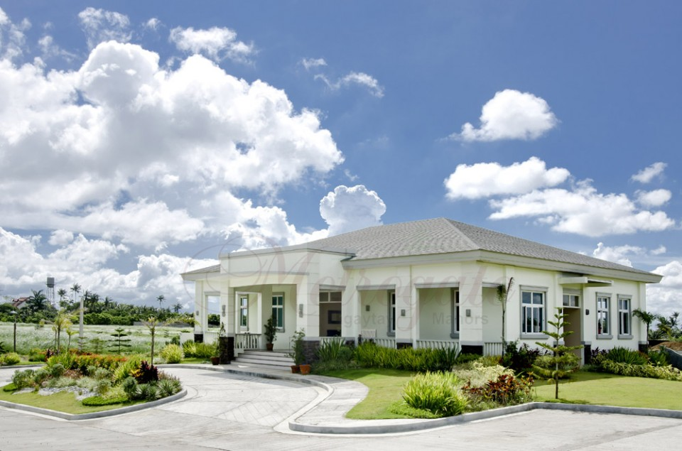 Metrogate_Tagaytay_Manors_Clubhouse_w